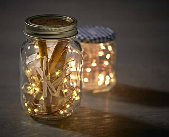 Ornements avec bocaux en verre et clignotant