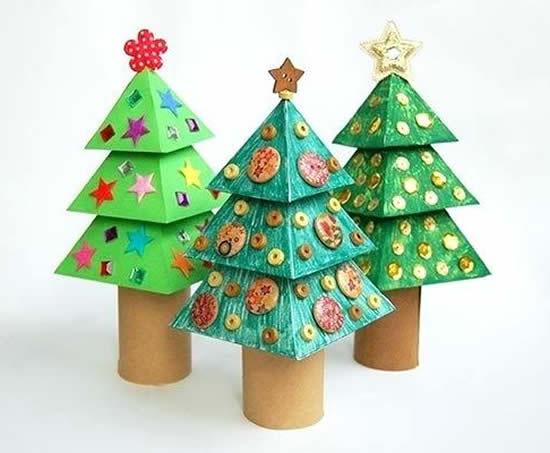 Sapins de Noël avec rouleaux de carton