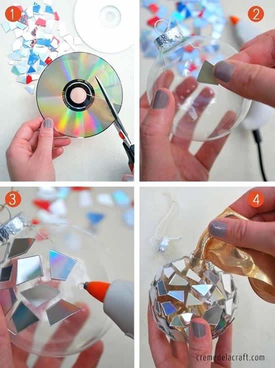 Boules de Noël décorées de vieux CD
