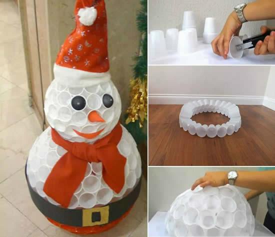 Bonhomme de neige avec gobelets jetables