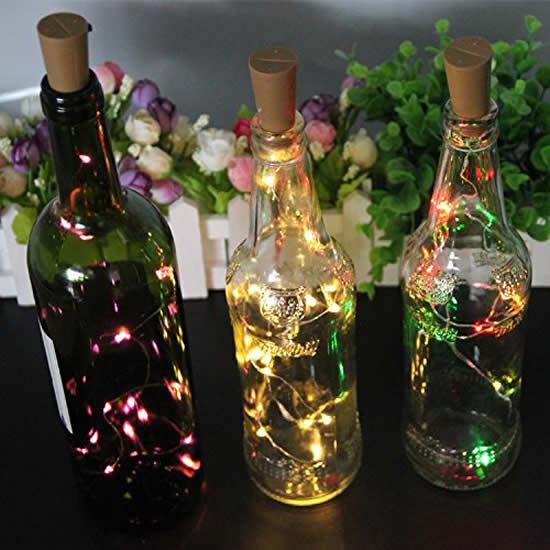 Décoration clignotante et recyclage des bouteilles