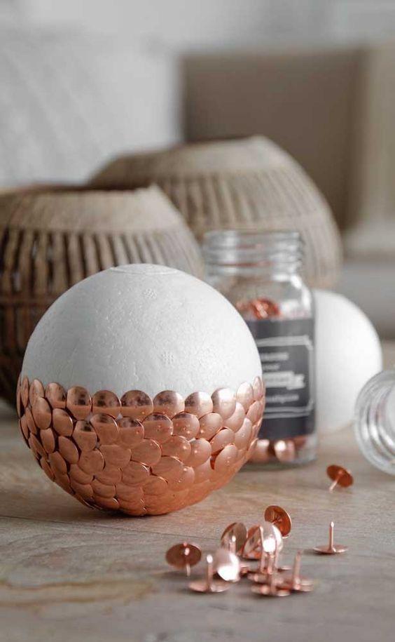 Décoration de Noël avec boule de polystyrène étape par étape (26)