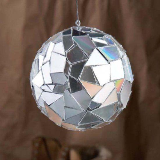 Ornement de Noël avec boule de polystyrène étape par étape