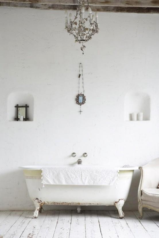 intérieur blanc avec bois